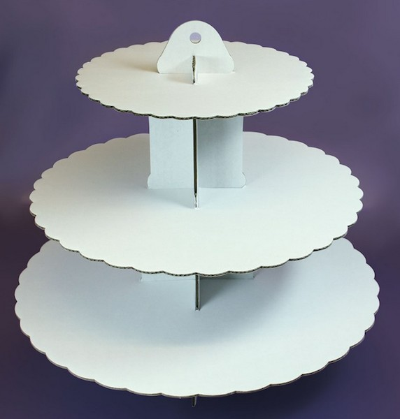 Kakestand i hvit papp, 3 etg